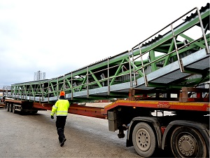 Bridge belt conveyor